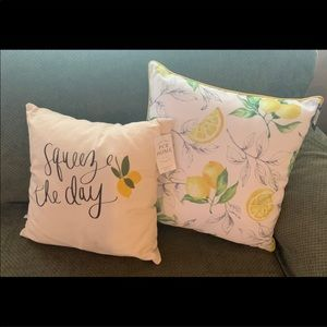 NWT Kirkland Lemon 🍋 Throw Pillows